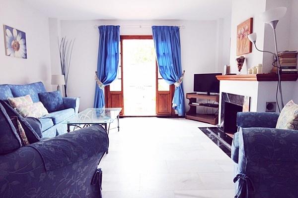 Marta 15 lounge 1