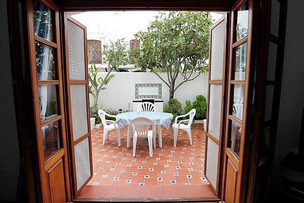 Marta 15 patio