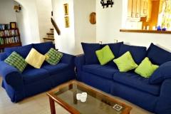 24-08-sitting-room