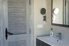 Eva-3-shower-room-1