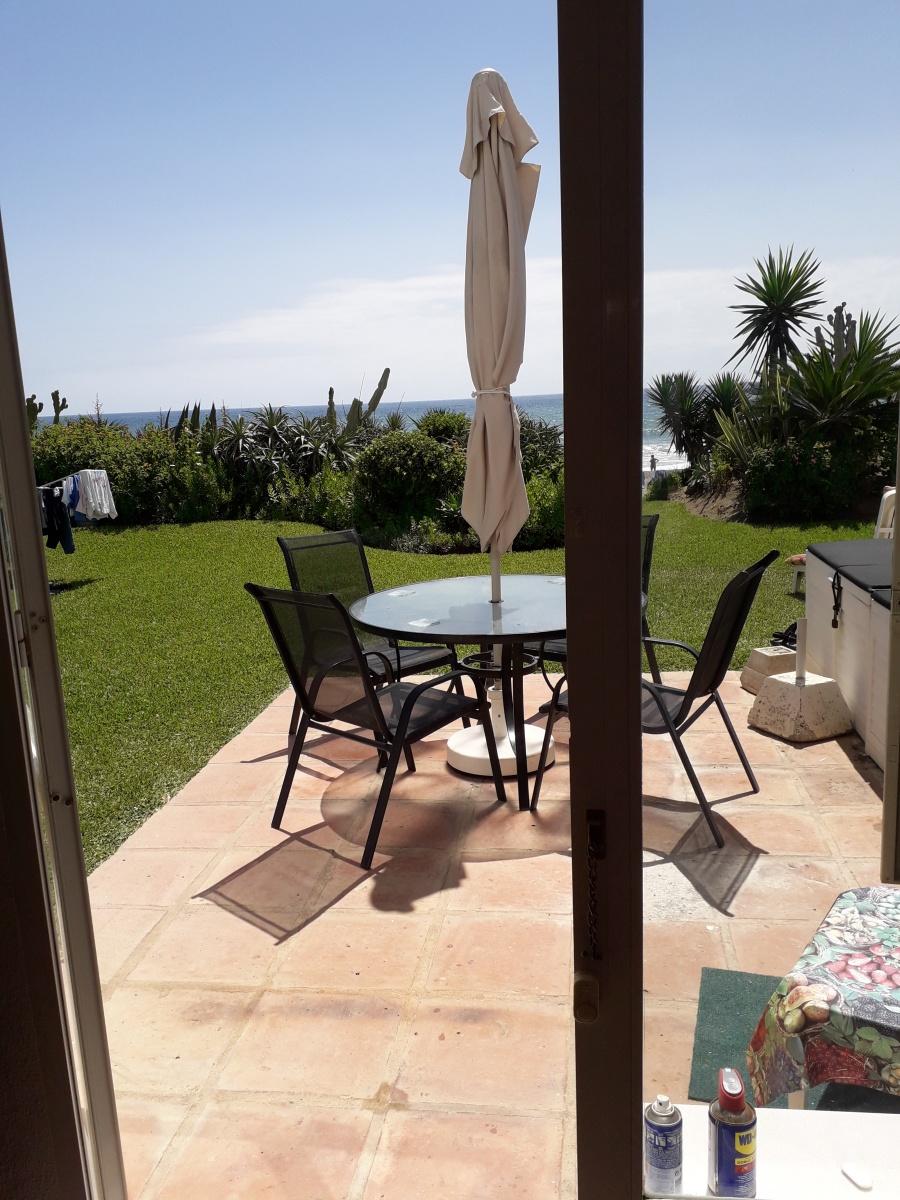 Jorge-5-dining-patio