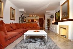 Marta-5-lounge