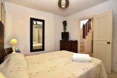 Marta-5-master-bedroom