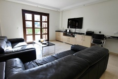 Elena-15-lounge